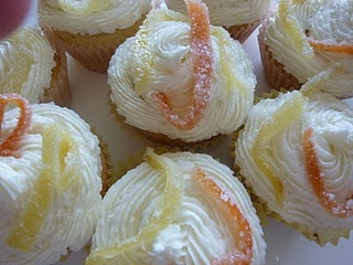 Vanilla Cupcakes with Pomelo Buttercream and Pink Grapefruit Curd ...