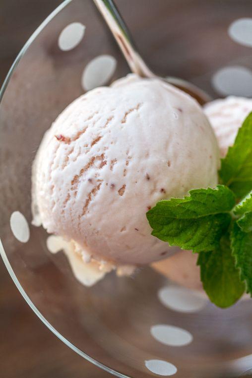 Roasted Strawberry & Buttermilk Ice Cream | Jeni's Splendid Ice Cream...