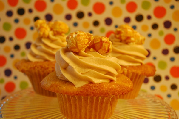 Carmel Corn Blondies Recipes — Dishmaps