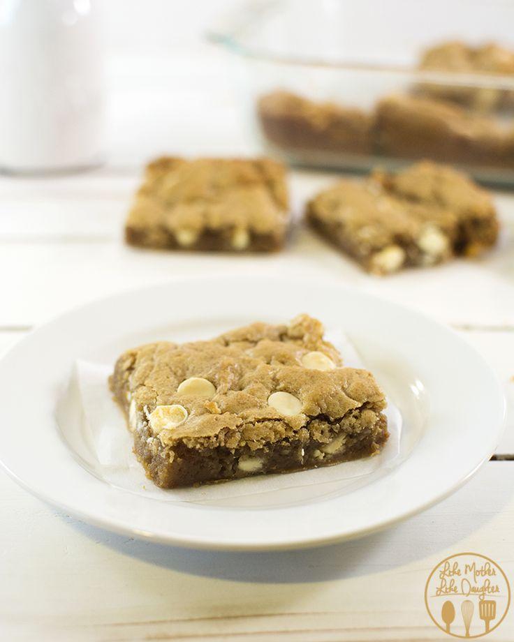 White Chocolate Chip Biscoff Blondies | Recipe