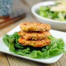 sesame salmon burgers – The Foodee Project