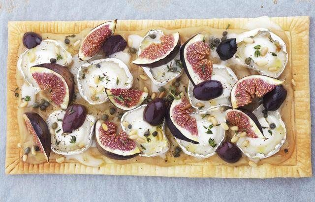 Warm puff pastry tart with goat's cheese, figs, olives and capers | R ...
