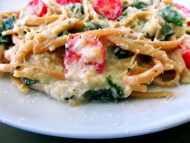 Pasta with Artichoke Sauce, Spinach and Tomatoes | Cinnamon Spice ...