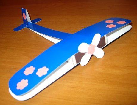 Vliegtuig knutselen met kleuters / Пошаговый мастер-класс поделки самолет из цветного картона