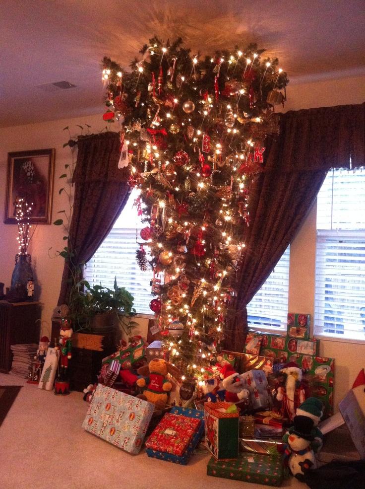 Upside down Christmas Tree.....   Xmas   Pinterest