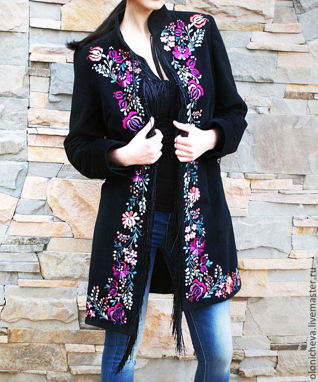Женские пальто с вышивкой 81