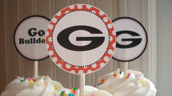 Personalized Georgia Bulldogs Cupcake | How bout them Dawgs! | Pinter ...
