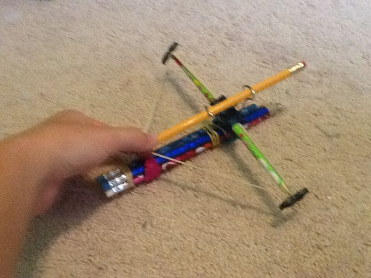 how to make a slingshot out of pencils