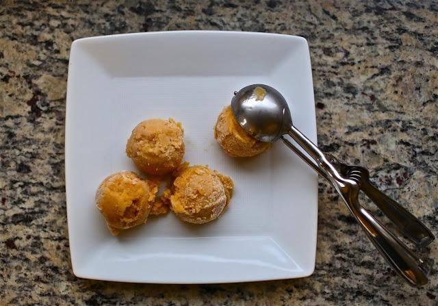 Vegan Peach Ice Cream | La Dolce Vita | Pinterest