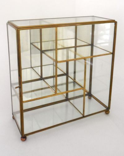 Vntg brass glass mirror table top wall curio small display for Small glass wall shelf