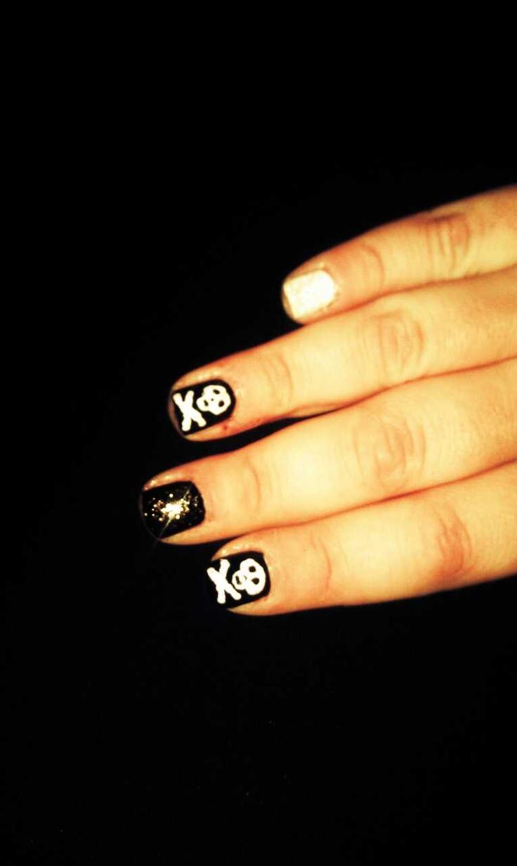 my hand drawn nail art :) | Nail love