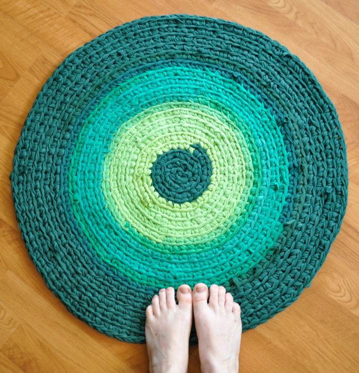 Crochet Rug by EKRA Shades of Emerald Green Round Recycled T shirt Ar ...