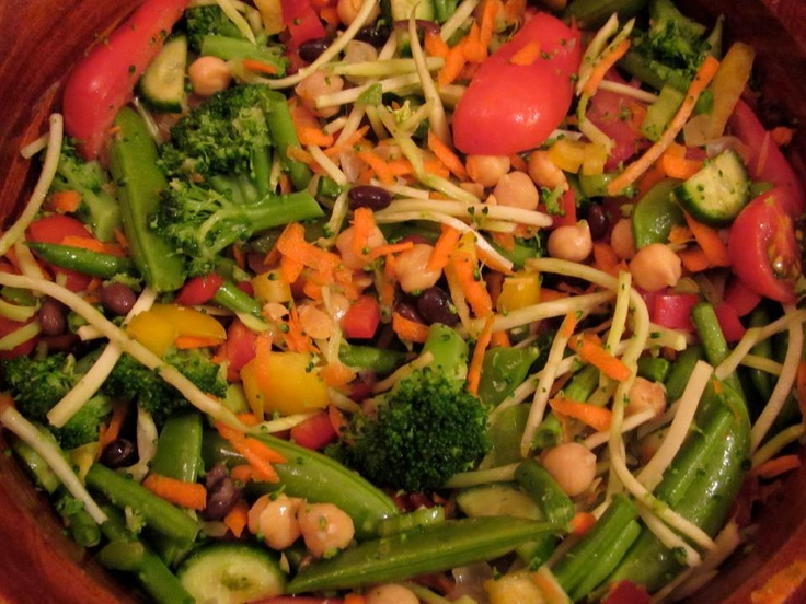 ... green beans, cucumber, carrots, cherry tomatoes, broccoli slaw, snap