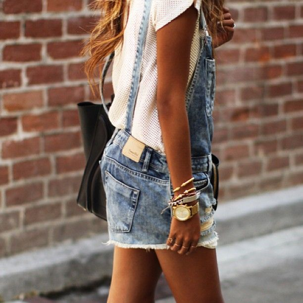 Overalls up on the blog today sincerelyjules.com ❤