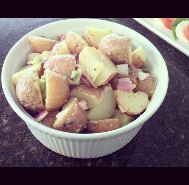 SKINNY RED POTATO SALAD --- Ingredients: Red Potatoes / Mayo / Olive ...