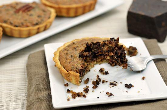Paleo Chocolate Pecan Pie Tart | paleo fondue