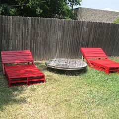 build your own loungers from pallets
