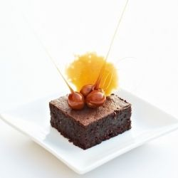 Dark Chocolate & Hazelnut Cake with Toffee Tuile; but in grams...