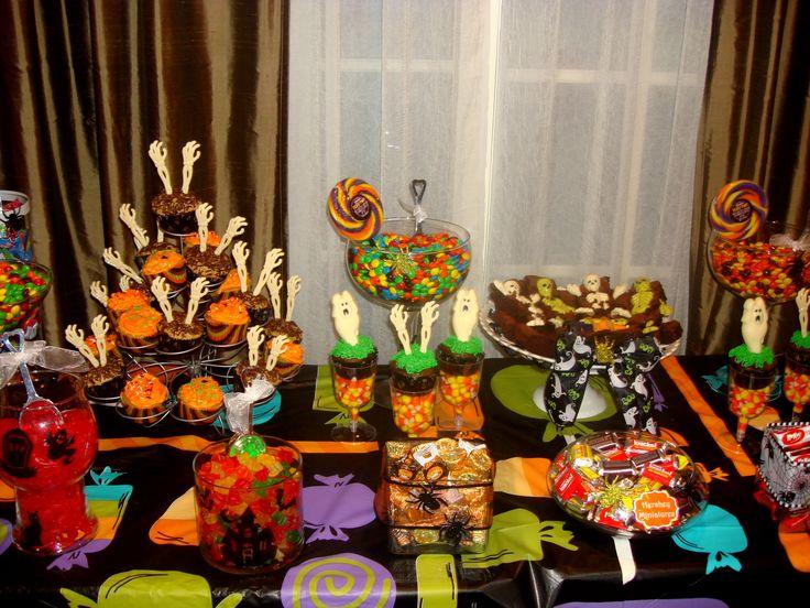 halloween candy table halloween candy buffet pinterest. Black Bedroom Furniture Sets. Home Design Ideas