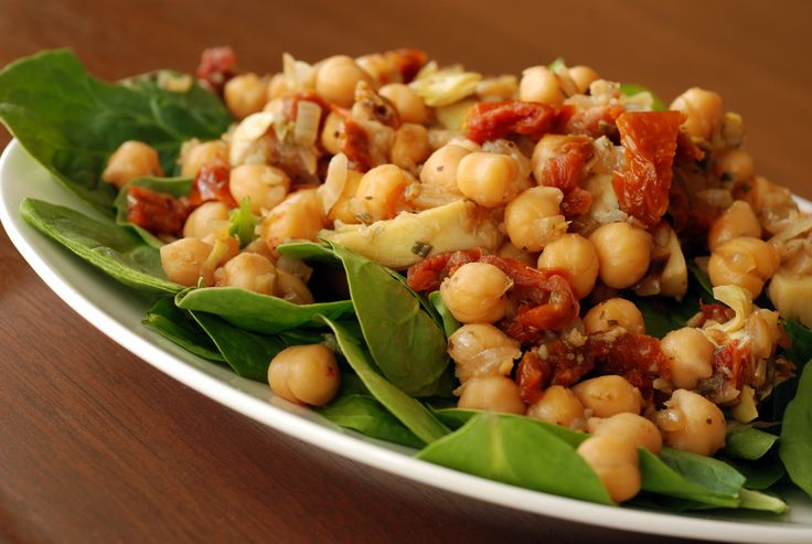 Warm Mediterranean Chickpea Salad | Favourite Repeaters | Pinterest