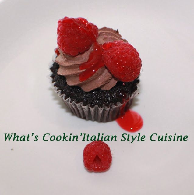 ... Raspberry Cupcakes with Milk Chocolate Chambord Frosting Recipe
