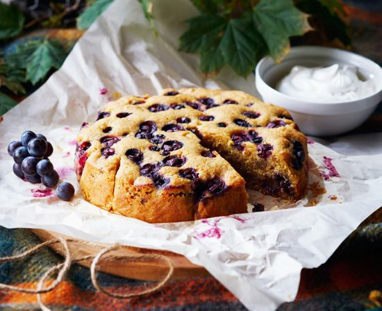 Cornmeal cake with walnuts and Concord grapes - The Globe and Mail ...
