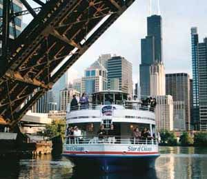 19 take a architectural boat tour weekend in chicago for Architecture tour chicago boat