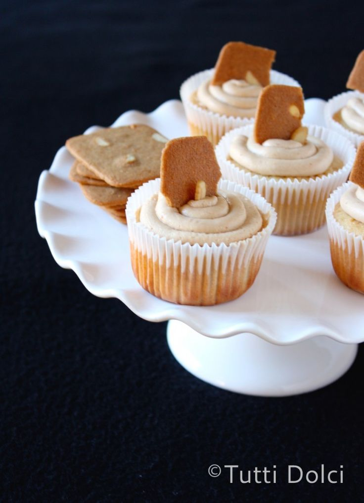 "Cookie Butter Cupcakes. -""Cookie butter, Biscoff, Speculoos – three ..."