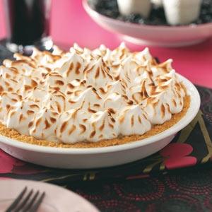 Raspberry Baked Alaska Pie | Recipe