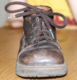 Оригинальные способы завязывания шнурков.