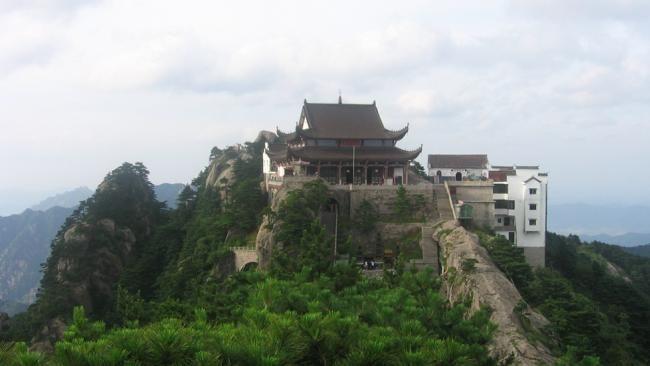 Jiuhua Mountain Buddhist Temples - ChinaChina Mountain Temple