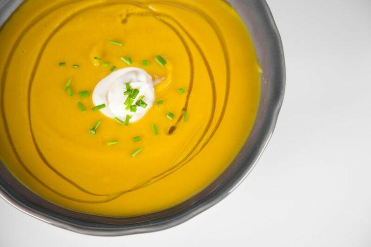 Spicy Acorn Squash Soup http://abc.go.com/shows/the-chew/recipes/acorn ...