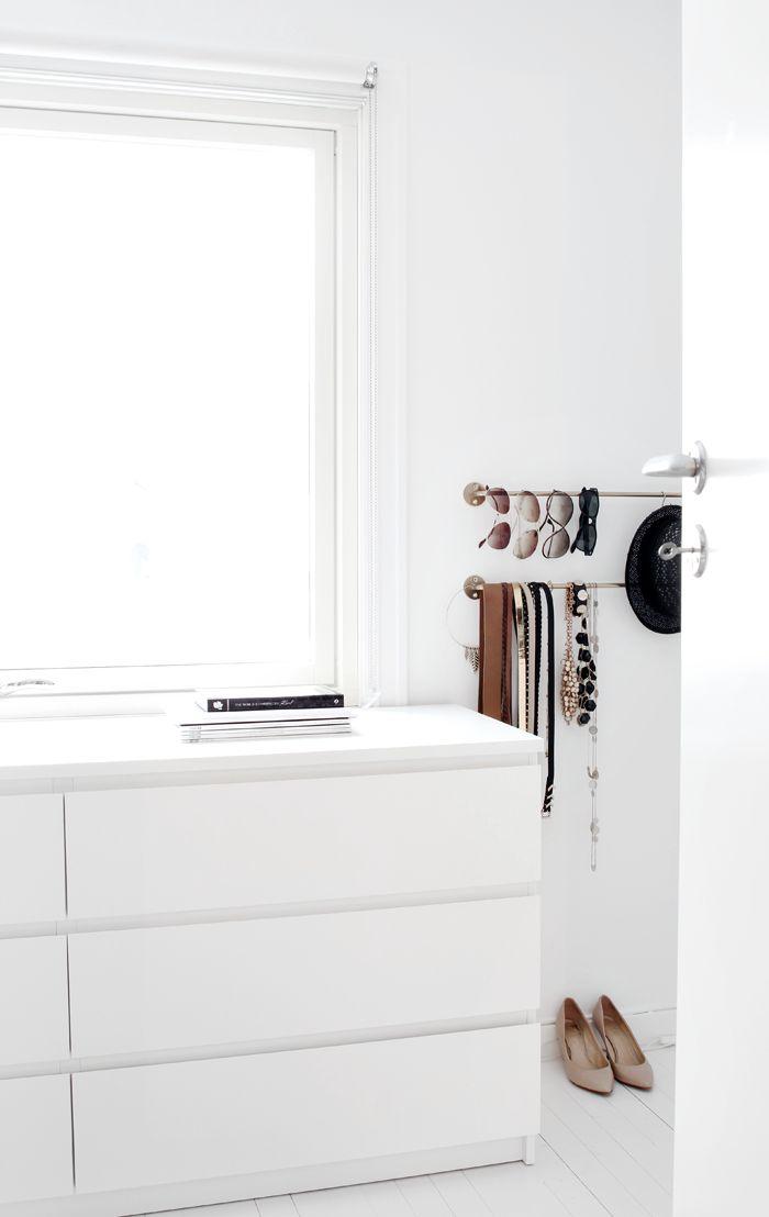 Wardrobe closet ikea white wardrobe closet for Walk in closet white