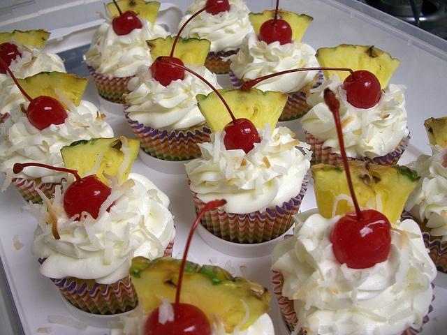 pina colada cupcakes | Delectable Desserts | Pinterest