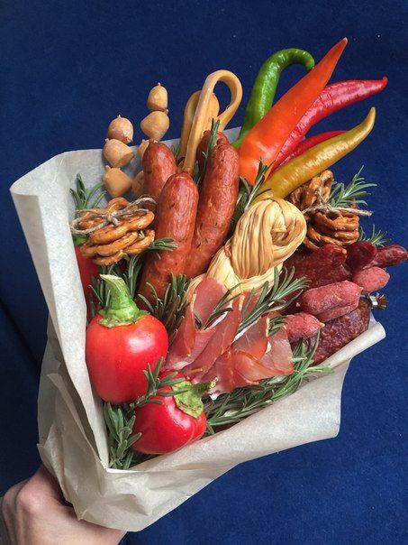 Букет из колбасы и овощей своими руками