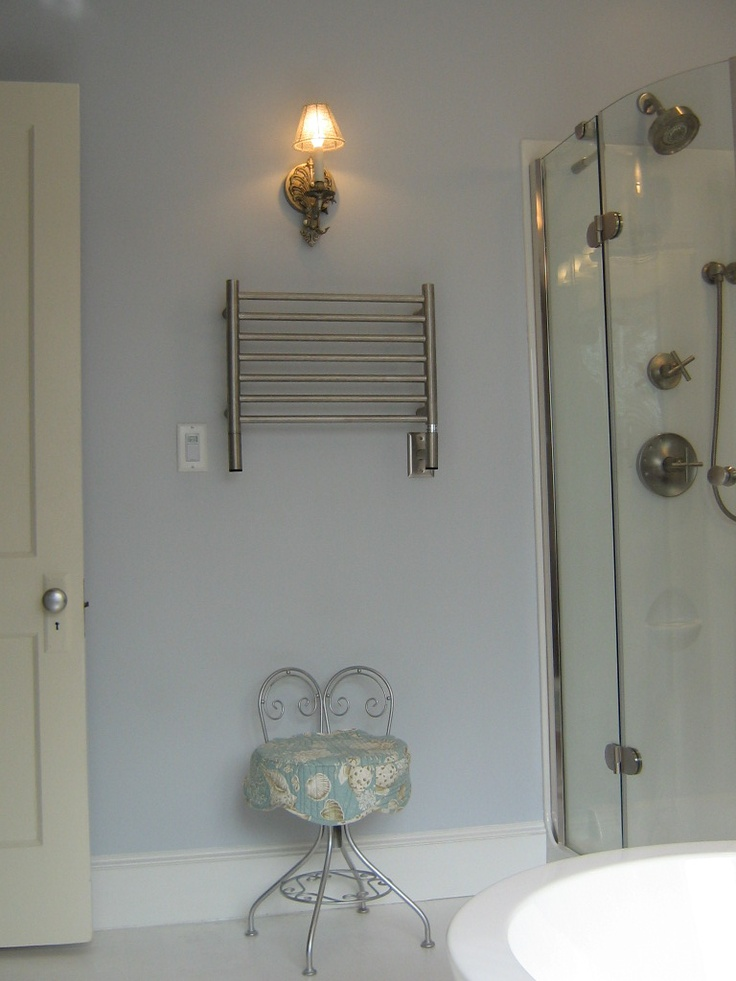 towel warmer could have been bigger