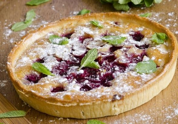 Fresh Cherry Frangipane Tart | Tart Cherry Decadence | Pinterest