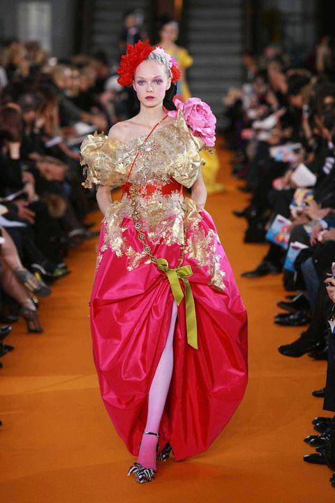 Christian lacroix haute couture baroque rococo bel for Haute couture in english