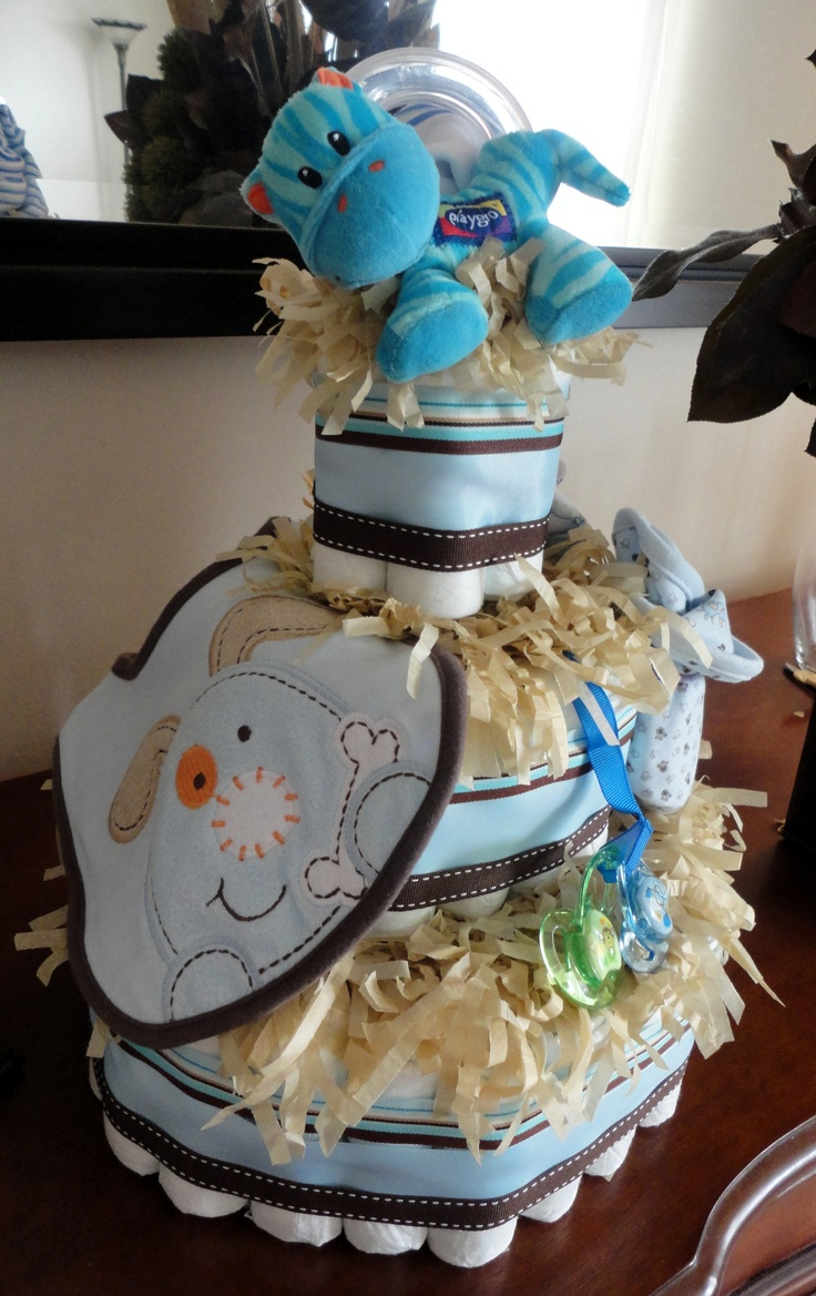 Living room decorating ideas baby shower diaper cakes for Baby shower decoration diaper cake