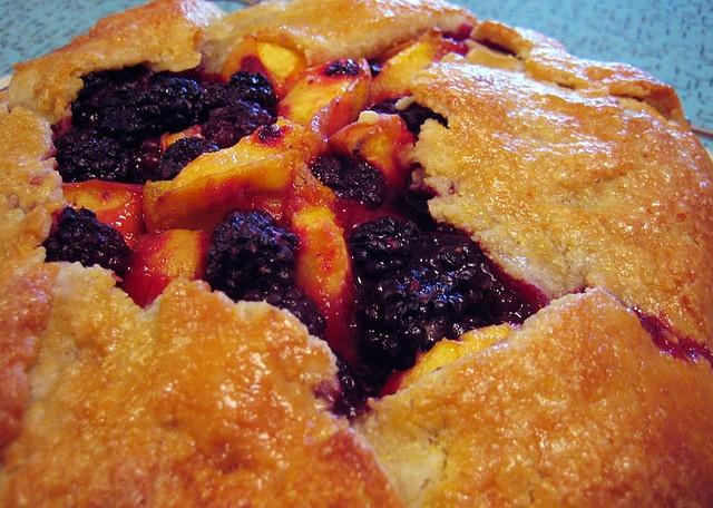 Pate+Brisee+Peaches cornmeal pate brisee & blackberry-peach galette ...