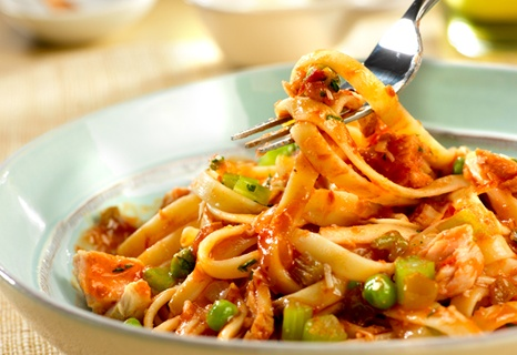 spicy tuna and tomato sauce with fetteuccine