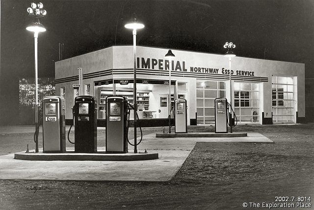 the imperial northway esso gas and service station 1950s. Black Bedroom Furniture Sets. Home Design Ideas