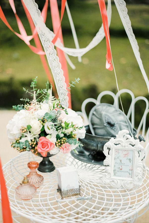 brancoprata decoracao: casamento. #casamento #decoração #mesa #flores #fitas #Brancoprata