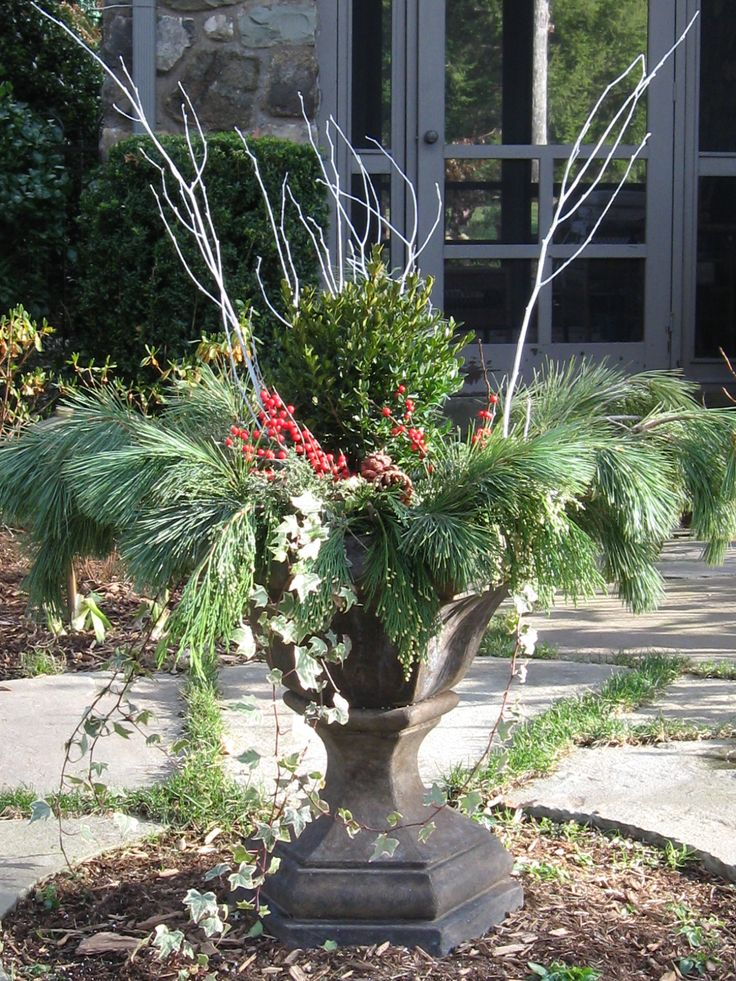 Lovely Winter Container Garden Idea Christmas Decorating