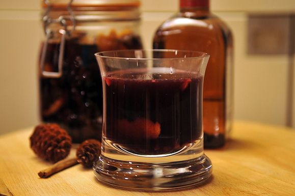 Spiced Gløgg with Port Wine and Cointreau | Recipe
