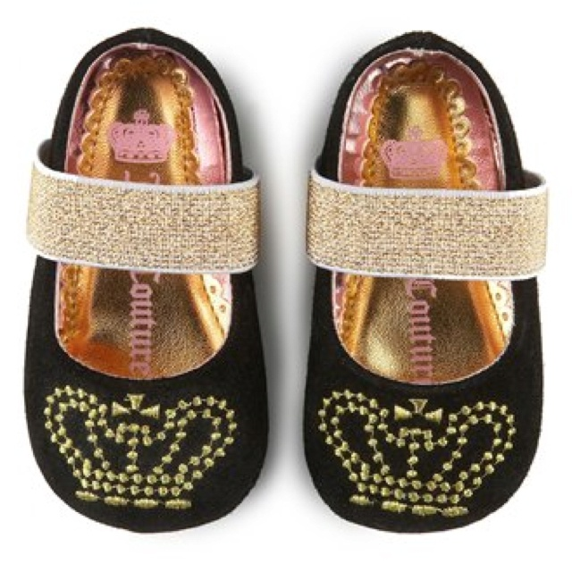 Juicy Couture Baby Shoes, my baby will be a juicy princess