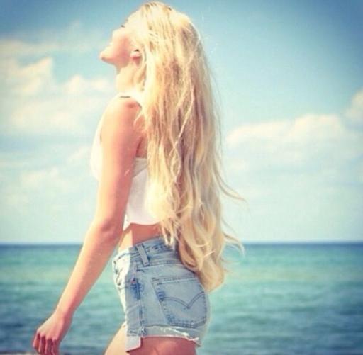 Holy hair.   Follow: http://www.pinterest.com/mariahhammond/
