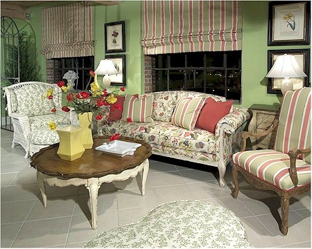 cottage style sofas Cottage Style Pinterest