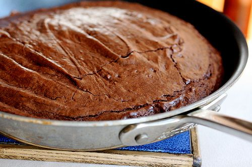 Skillet Brownies! Crackly thin top layer... ooey, gooey, fudgy, cakey ...