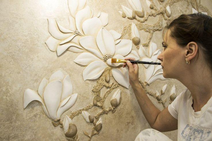 Цветок из гипса на стене своими руками 20